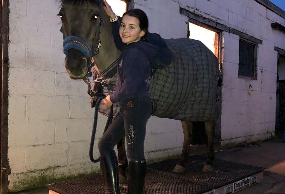 Showjumper Lilly Aspell joins the Theraplate Revolution
